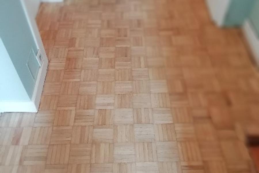 poncage d un parquet mosaique